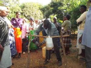 The Water Project : 13-kenya4758-training